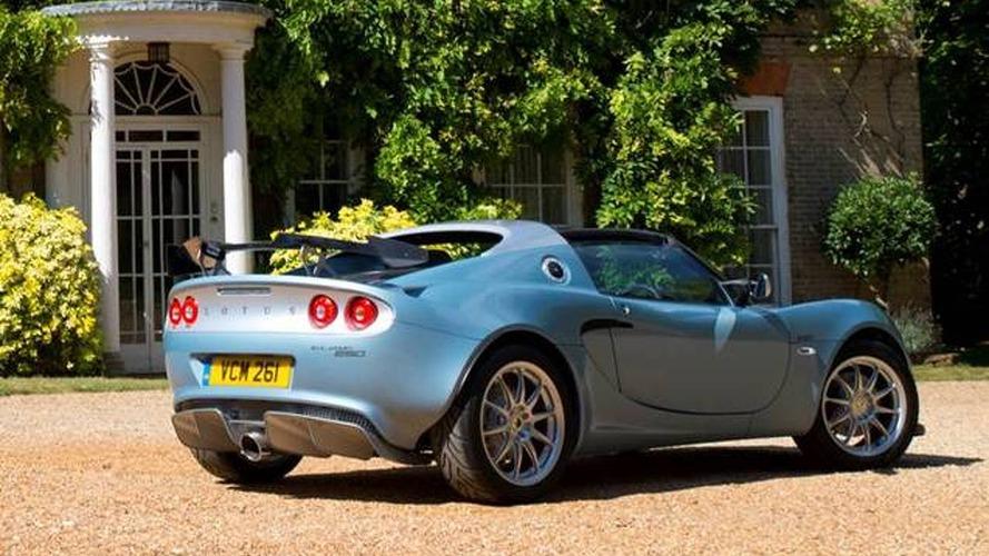 Lotus Elise 250 Special Edition, sadece 899 kg ağırlığında