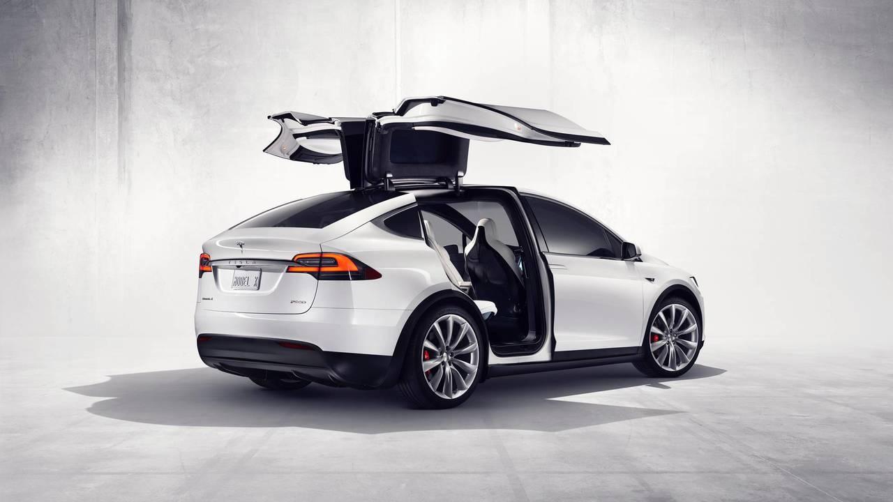 1. Tesla Model X – 3.2 secondes