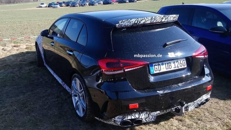 Mercedes-AMG A45 photos espion