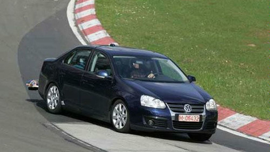 Spy Photos: Euro-Spec VW Jetta or is it Bora?