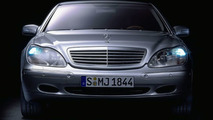 Mercedes-Benz S-Class Looks Back on a Success Story