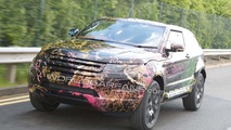 2011 Range Rover LRX 3-door compact SUV spy photo 18.05.2010