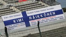 Kimi Raikkonen comeback flag - Formula 1 World Championship, Rd 16, Japanese Grand Prix, 07.10.2010 Suzuka, Japan