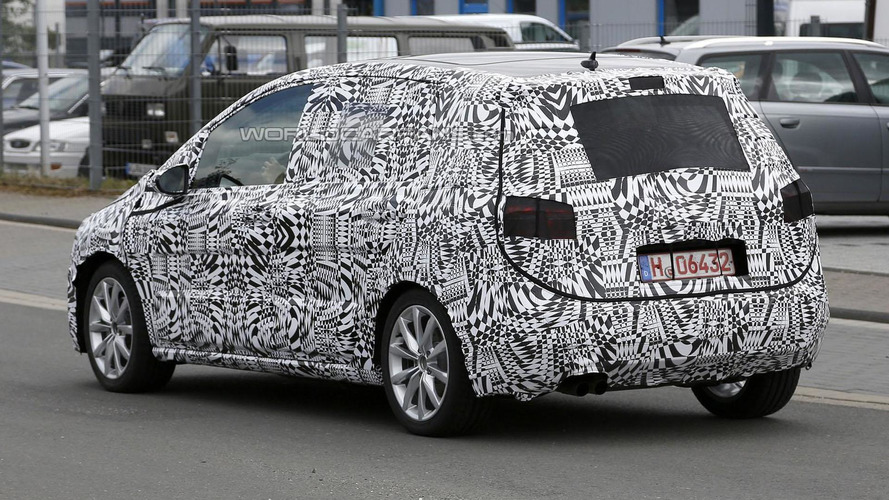 2014 Volkswagen Golf Plus spied for the first time