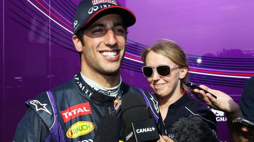 Ricciardo should get seat over Raikkonen - Vergne
