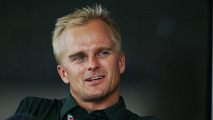 McLaren confirms Magnussen, Lotus confirms Kovalainen