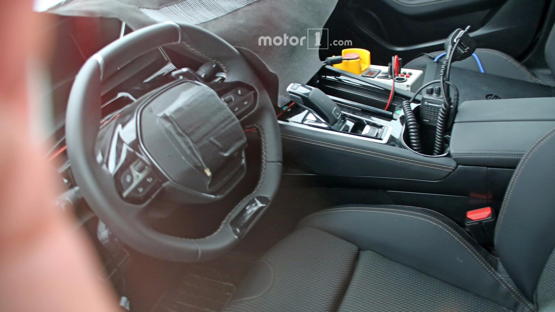 2018 peugeot 508 spied inside for the first time for Interior 508 peugeot