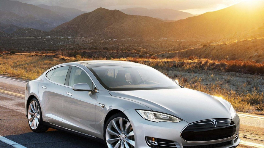Tesla considering an autonomous driving system, might team up with Google - report