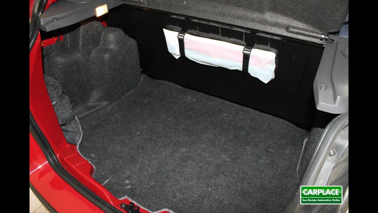 Garagem CARPLACE: Detalhes do acabamento interno do Ford KA 2012