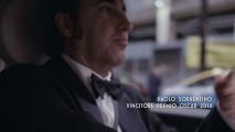 Paolo Sorrentino al volante della Fiat 500