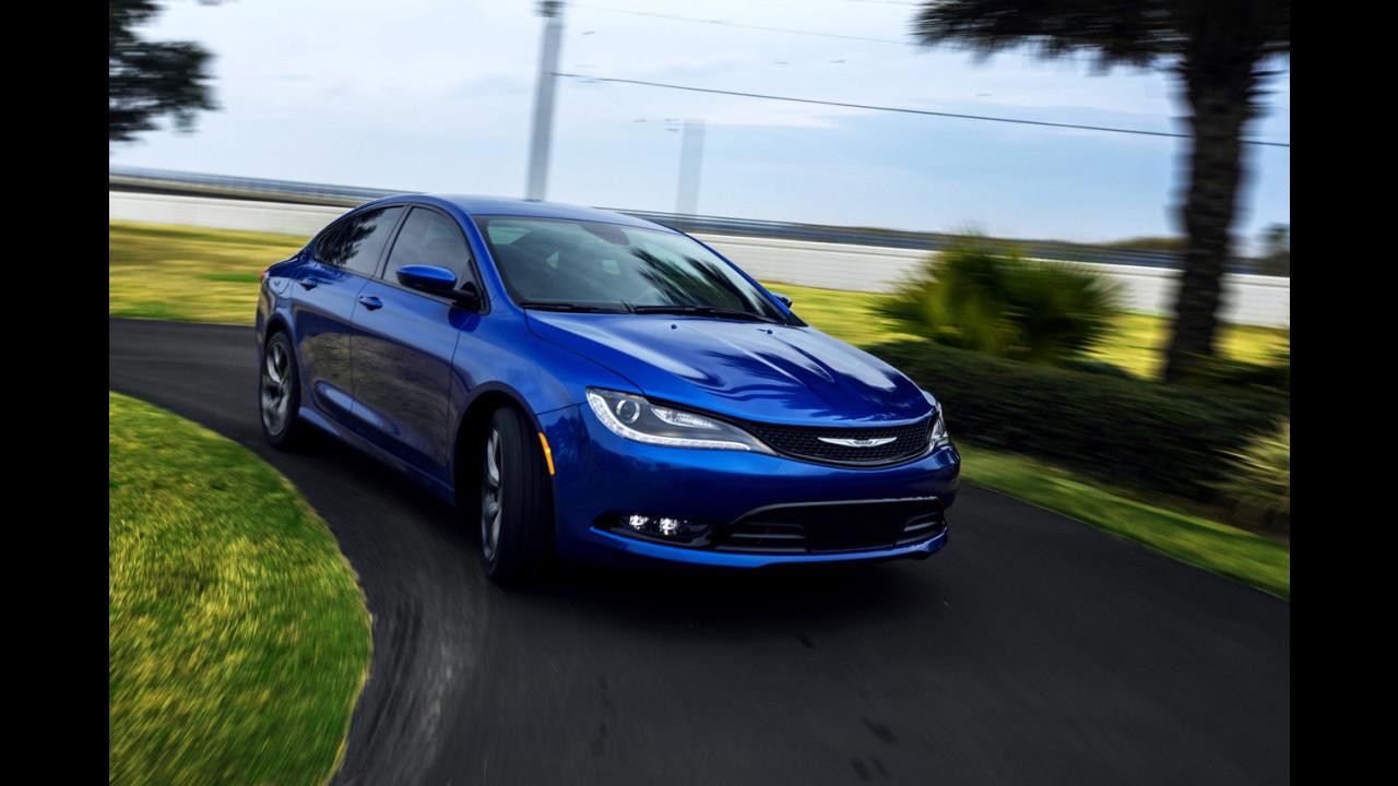 Nuova Chrysler 200, le prime foto