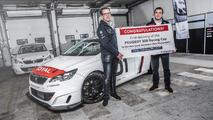 Première livraison de la Peugeot 308 Racing Cup