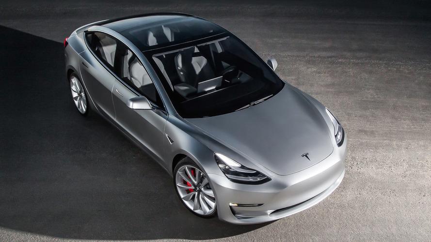 2019 első negyedévében érkezik az olcsó Tesla Model 3