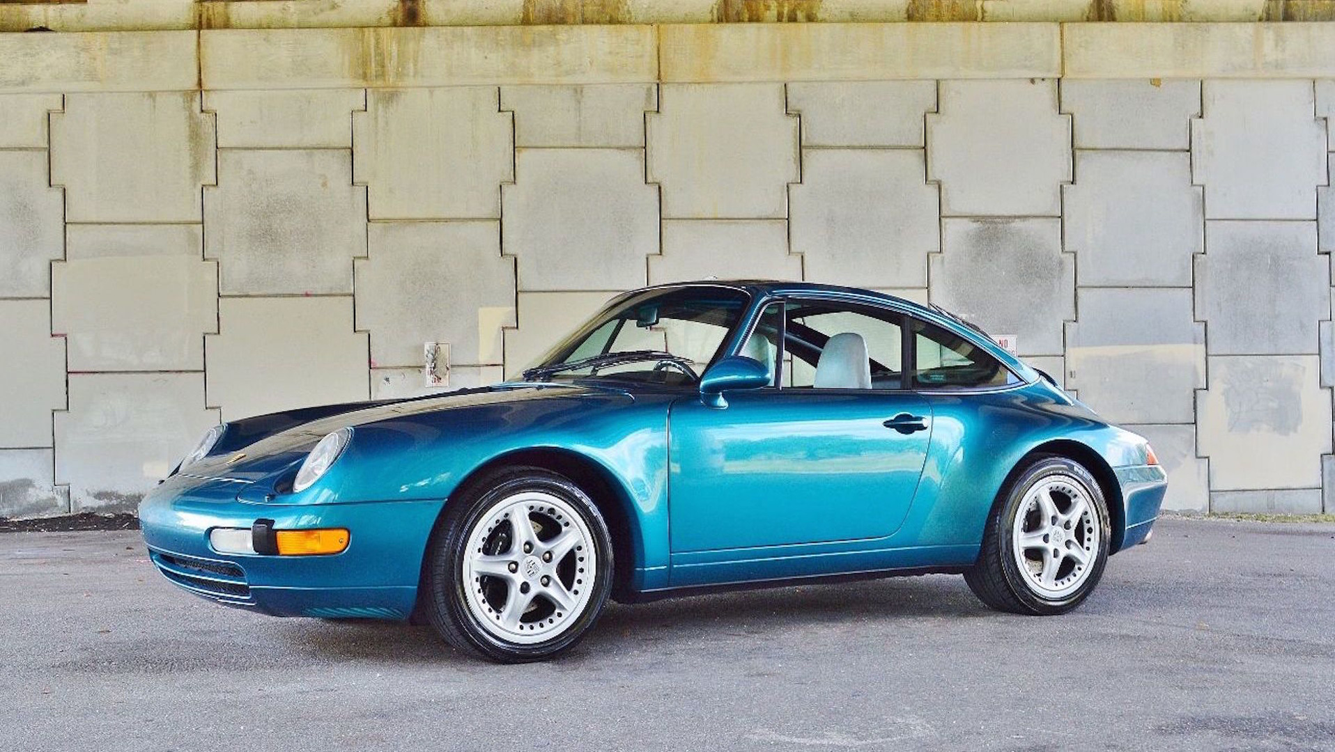 Teal Porsche 993 Targa eBay Find Is Pure '90s Nostalgia