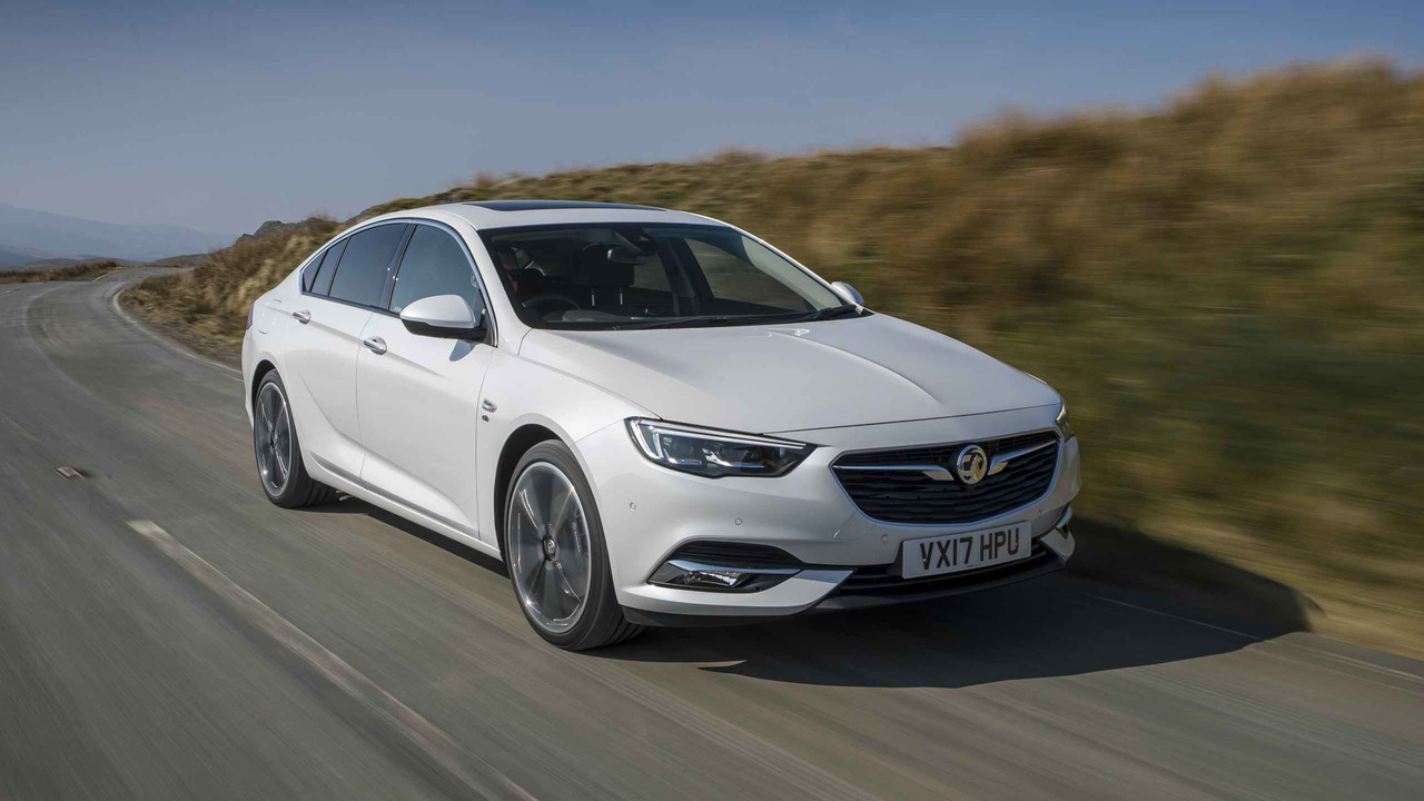 2017 vauxhall insignia grand sport first drive welcome improvements all around. Black Bedroom Furniture Sets. Home Design Ideas