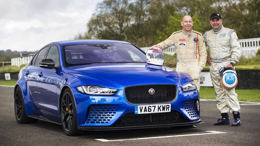 El Jaguar XE SV Project 8, conducido por dos leyendas de Le Mans