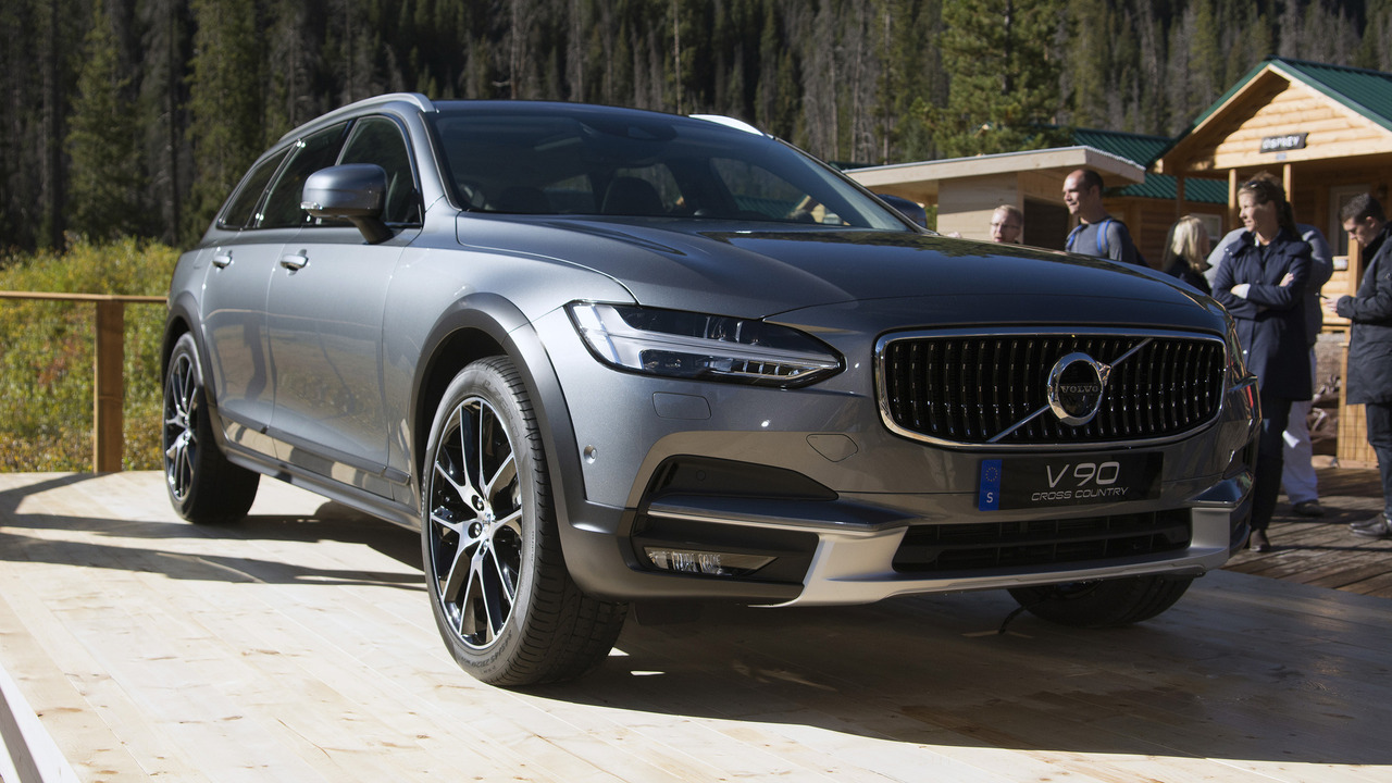volvo v90 cross country detailed in six videos. Black Bedroom Furniture Sets. Home Design Ideas