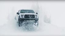 Ken Block brise la glace en Ford F-150 Raptor