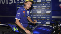 Une Yamaha YZF-R1 signée par Valentino Rossi aux enchères