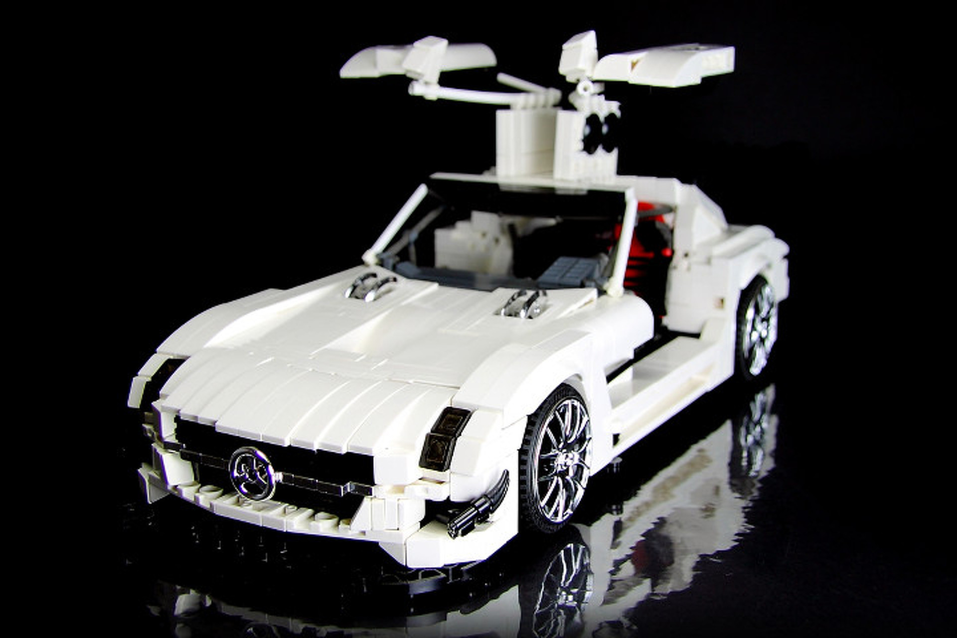 Lego sls amg gt3 is an impressive home built creation for Lego mercedes benz