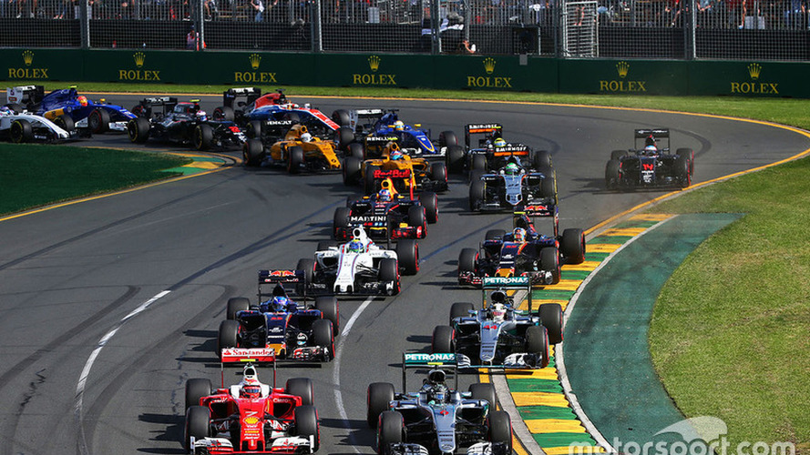 Australian GP: Rosberg wins season opener, Alonso's crash halts race