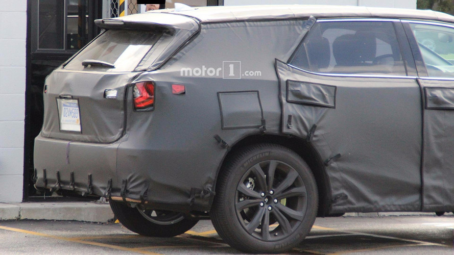 Lexus RX With Three Rows Of Seats Spied Under Development
