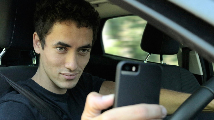 More than 9m Drivers Still Using Handheld Phones At The Wheel
