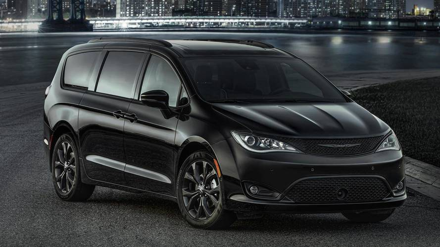 Turn Up The Johnny Cash, Chrysler Pacifica S Is A Minivan In Black