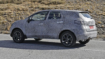 Renault Grand Captur spy photo