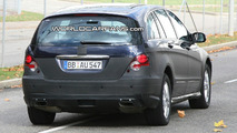 Mercedes R Class Facelift Spied Again