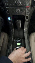 General Motors and Powermat wireless charging technology for electronic gadgets 06.01.2011