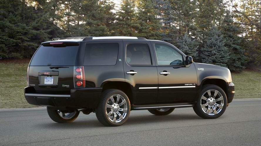 2009 GMC Yukon Denali Hybrid Announced for New York Debut