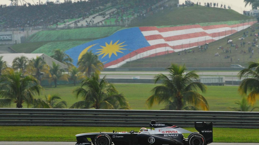 F1 race going ahead despite Malaysian plane crash