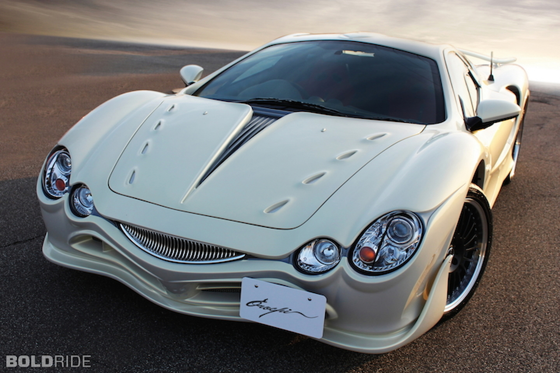 Mitsuoka is Finally Retiring the Painful-Looking Orochi
