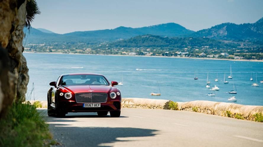Sole, mare e test drive Bentley