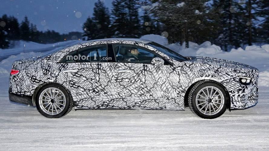 2019 Mercedes CLA ilk casus fotoğraflar