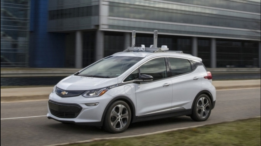 Chevrolet Bolt, in America inizia a guidarsi da sola [VIDEO]