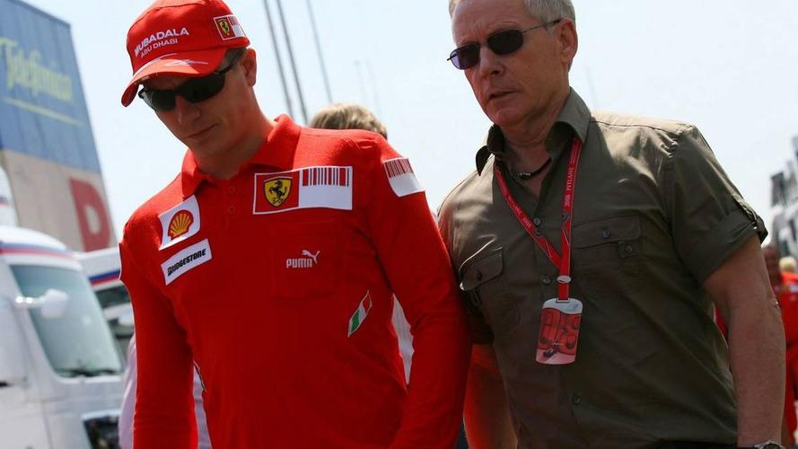 Raikkonen's managers spotted at McLaren