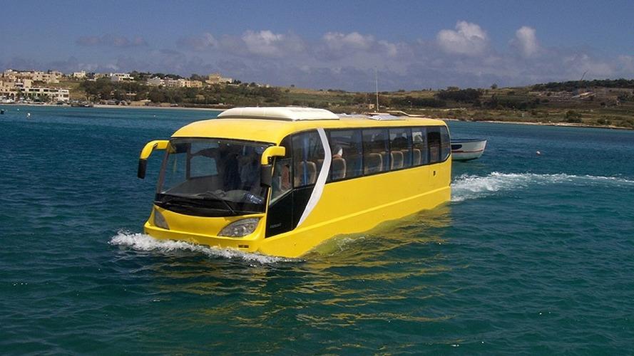 AmphiCoach is World's First Amphibious Passenger Coach
