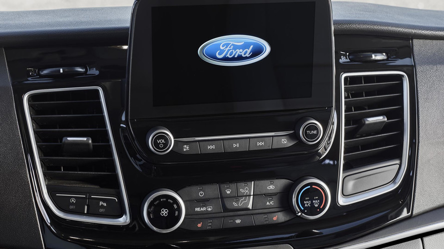 Ford Tourneo Custom makyaj