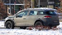 Renault Captur spy shots