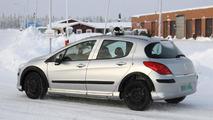 2013 Peugeot 301 mule spy photo