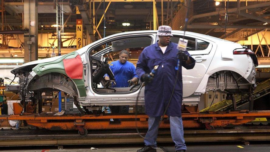 GM to cut engines & platforms