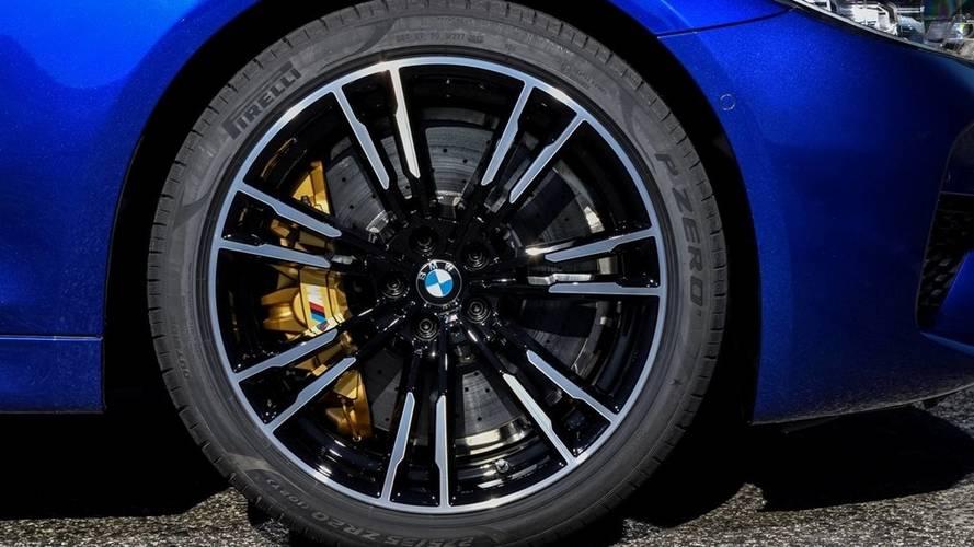 BMW M5'e Pirelli'den F1 esinli özel lastikler
