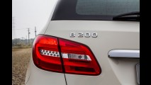 Teste: Mercedes B200 e Peugeot 3008 garantem diversão em família