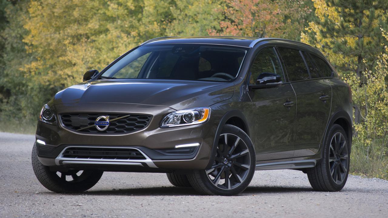 Review 2017 Volvo V60 Cross Country