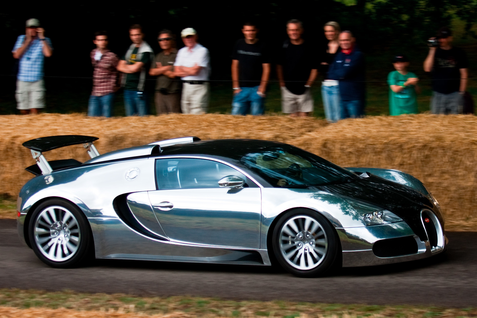 bugatti-veyron-pur-sang Modern Bugatti Veyron Price and Pictures Cars Trend