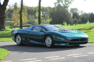 Royal Family-Owned Jaguar XJ220 to Cross the Auction Block