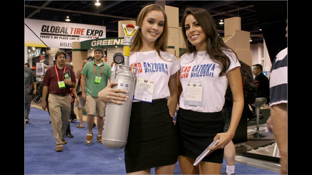 Was die beiden Mädels wohl mit dem Kompressor vorhaben?