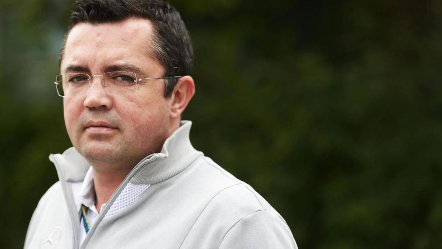 Boullier denies teams to run third cars